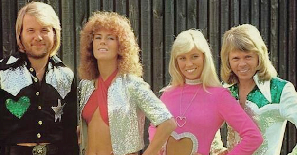 12 Outfits From The 70s That Would Be Hilarious Today